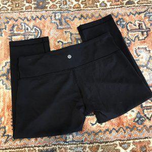 Lululemon Cropped Black Yoga Leggings 10